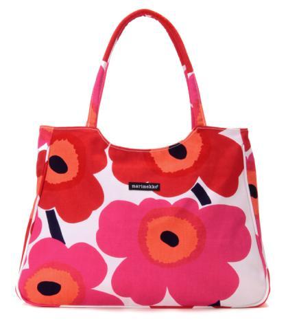 UNIKKO柄のトートバッグ。小脇にかかえたときの持ちやすさが魅力。マチも十分、底にいくほど広がっており、安定感があります。ファスナー付きで機能性も備えています。