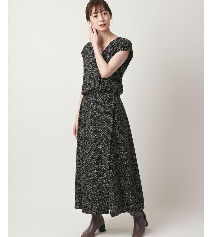 ランダムドットAラインスカート